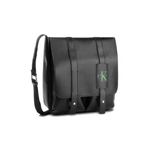 Bolso Calvin Klein Jeans K50K503738 Color Negro