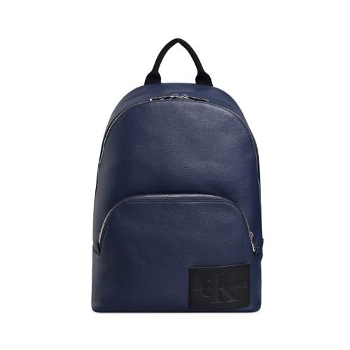 Mochila Calvin Klein K50K505546 Color Azul Marino