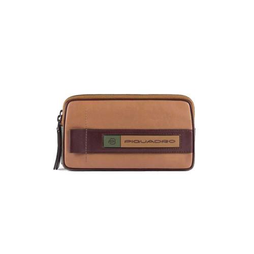 Bolso de Mano de Piel Piquadro AC5187W105R/BEVE Color Cuero