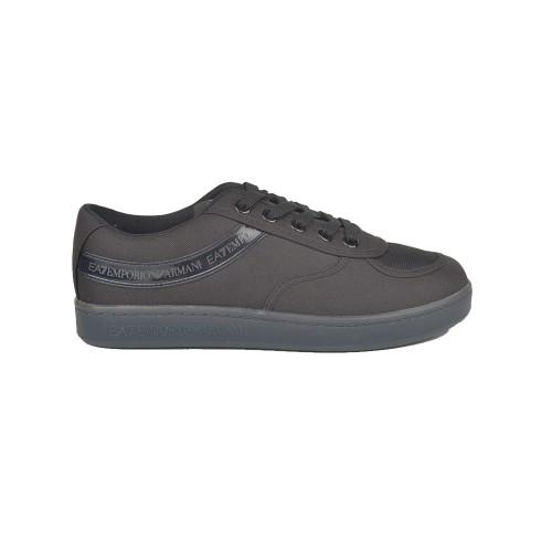 Sneakers EA7 Emporio Armani X8X072 XK170 Color Negro